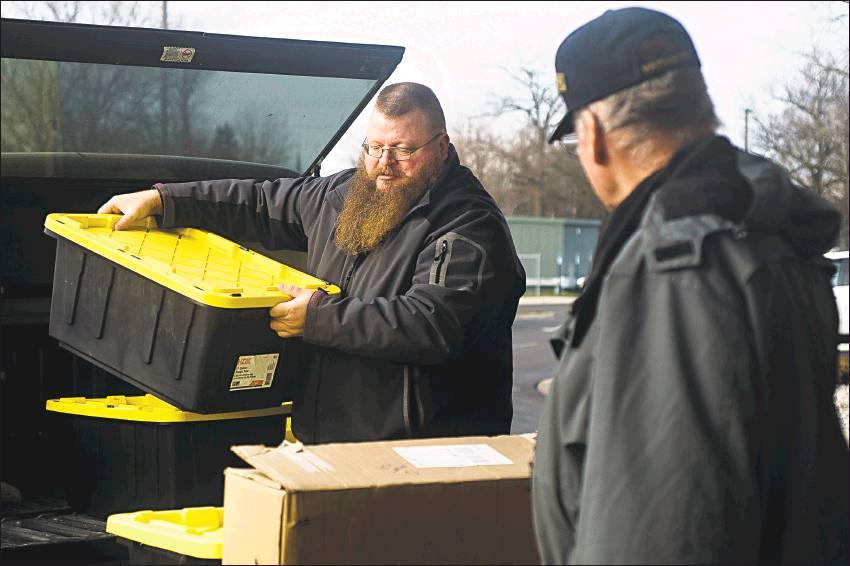 Veterans group donates thousands of items to VA hospital